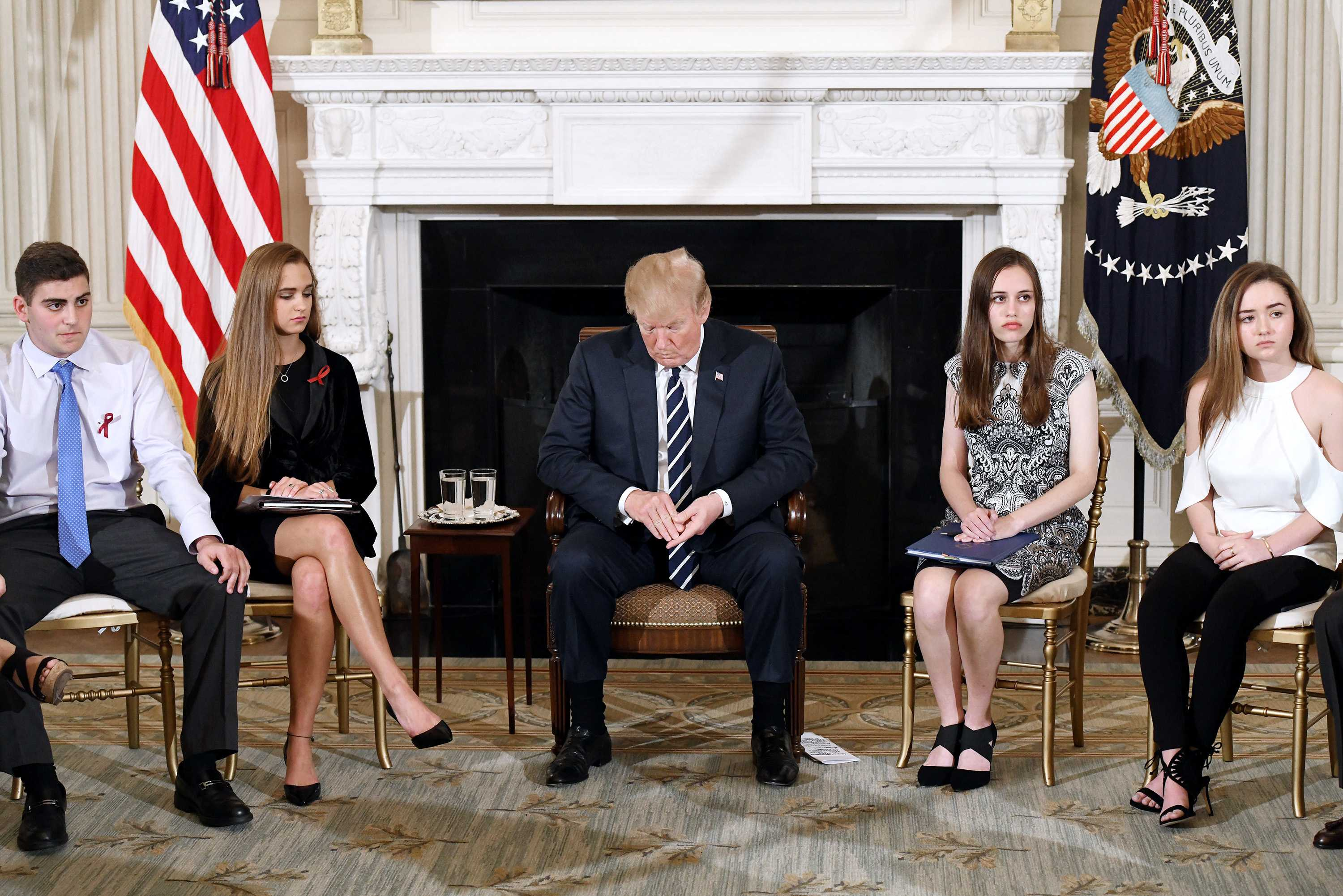 Trump holds discussion with Parkland students on gun control