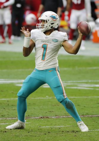 Tua Tagovailoa (1) of the Miami Dolphins looks to pass during the first half against the Arizona Cardinals at State Farm Stadium on November 08, 2020 in Glendale, Arizona.